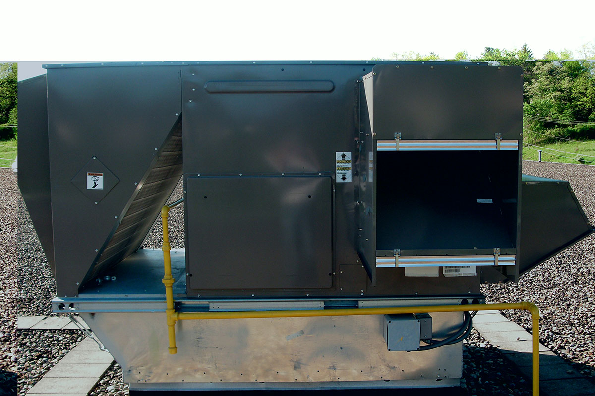 Ables Heating Cooling Electrical Commercial Roof Top Unit Install 1.JPG